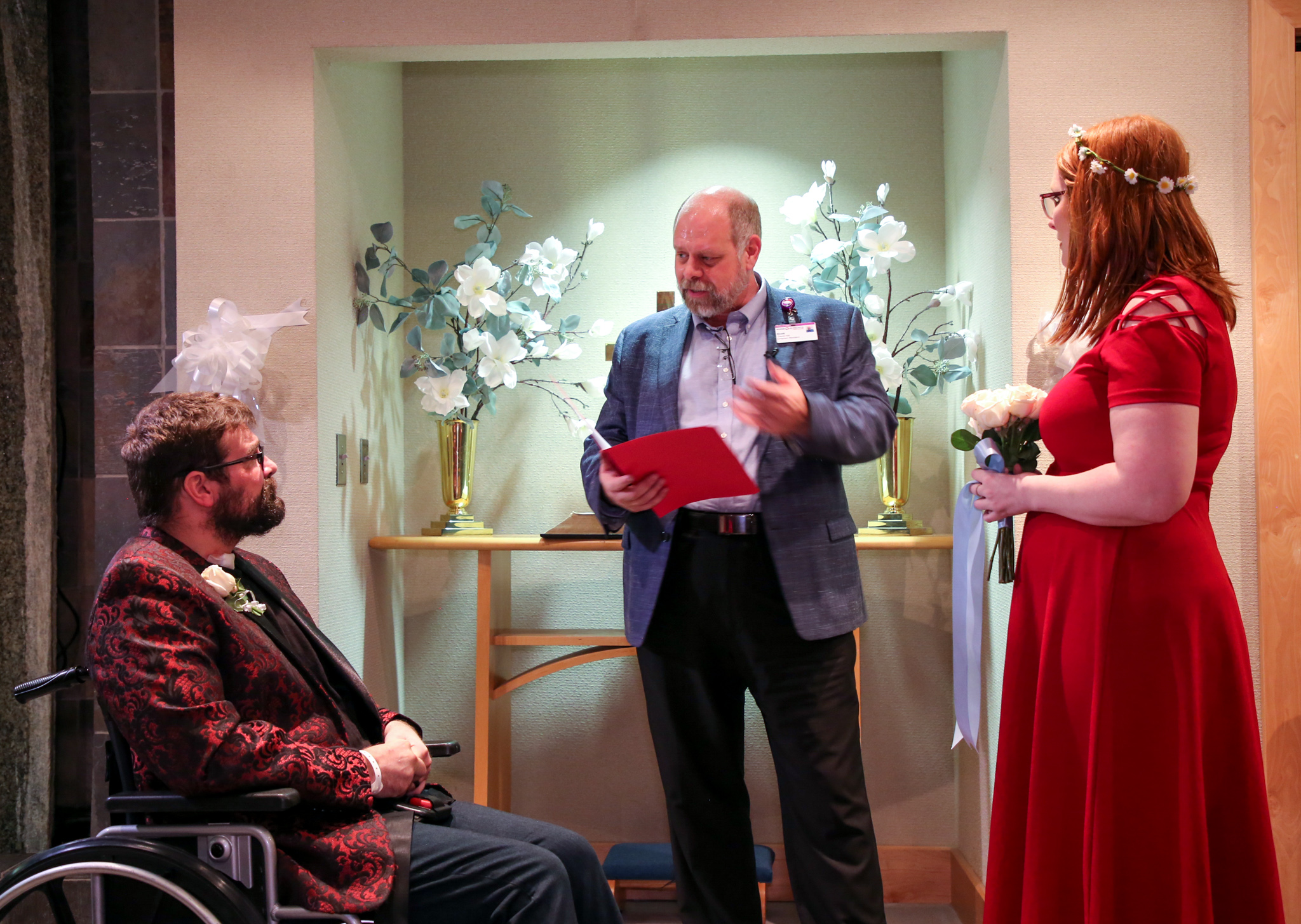 Andrew, Mariah and officiant