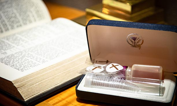 bible and communion